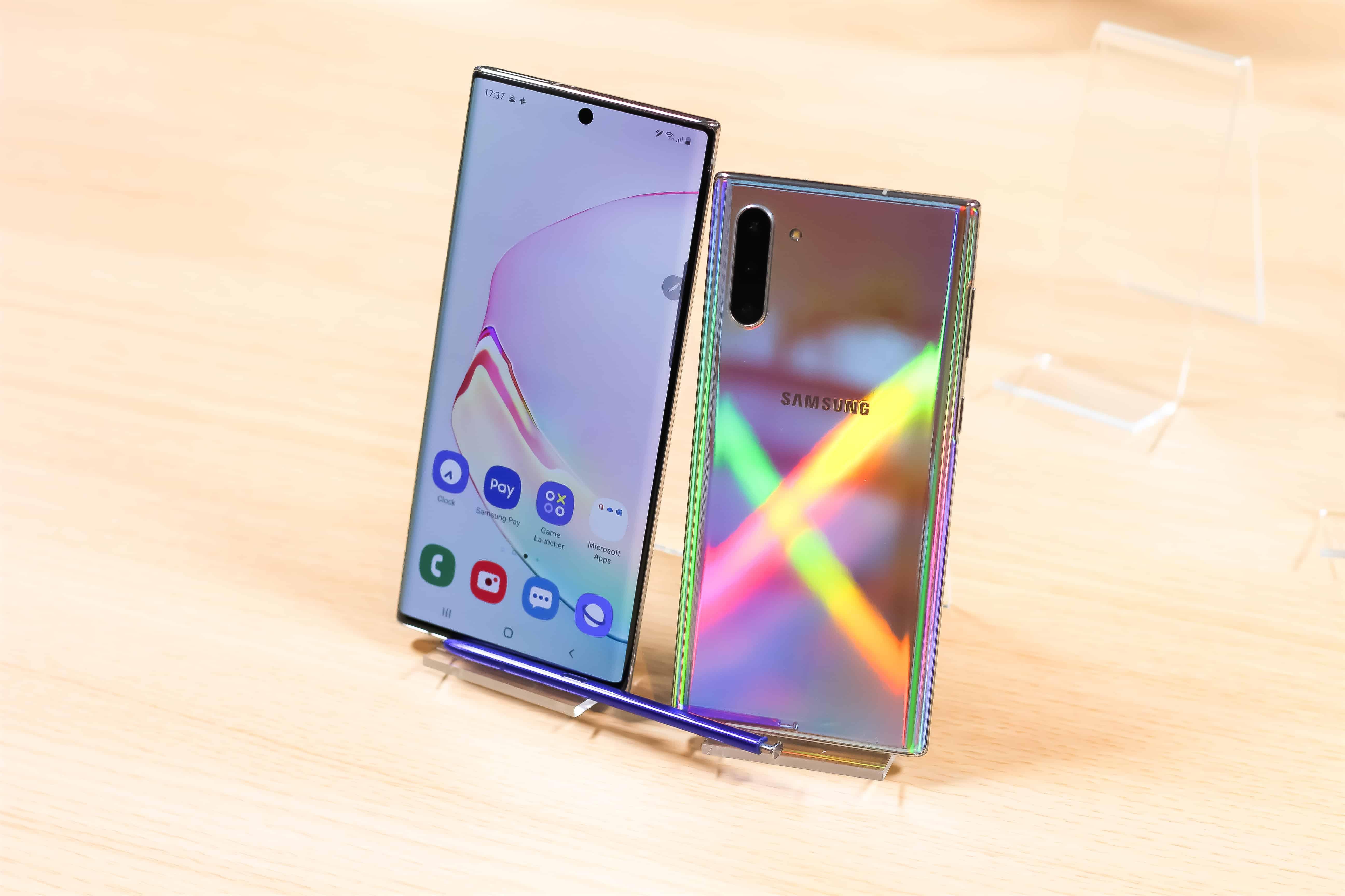 Samsung Puhelimet 2021