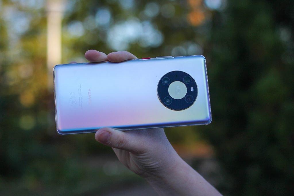 Euroopan älypuhelinmarkkinoilla tapahtuu: Xiaomi, OnePlus, Realme ja Oppo vahvassa nosteessa, Huawei koki valtavan romahduksen
